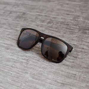 c86a19b7bc NWOT Men s Revo Ryker Sunglasses